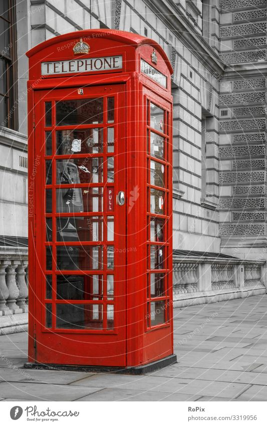 Traditional phone booth in London. Lifestyle Style Design Vacation & Travel Tourism Sightseeing City trip Work and employment Profession Workplace Office