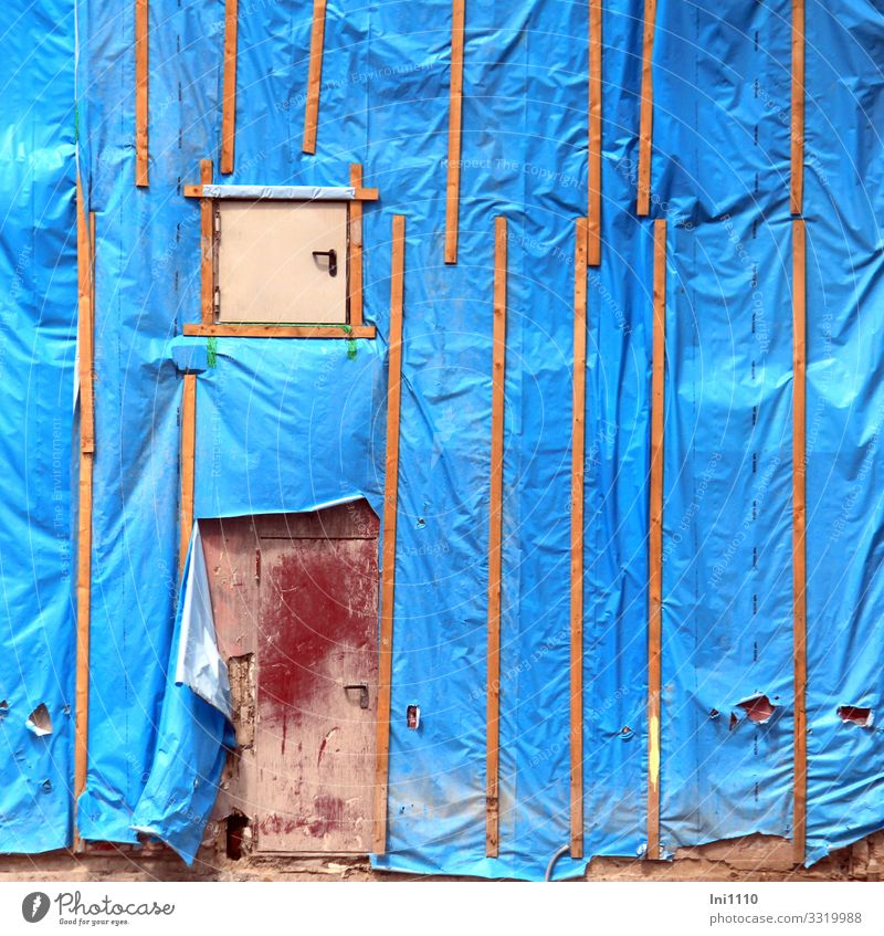 Protective cover I Work and employment Craftsperson Workplace Construction site Craft (trade) Plastic packaging Wood Blue Brown Red Protection Destruction