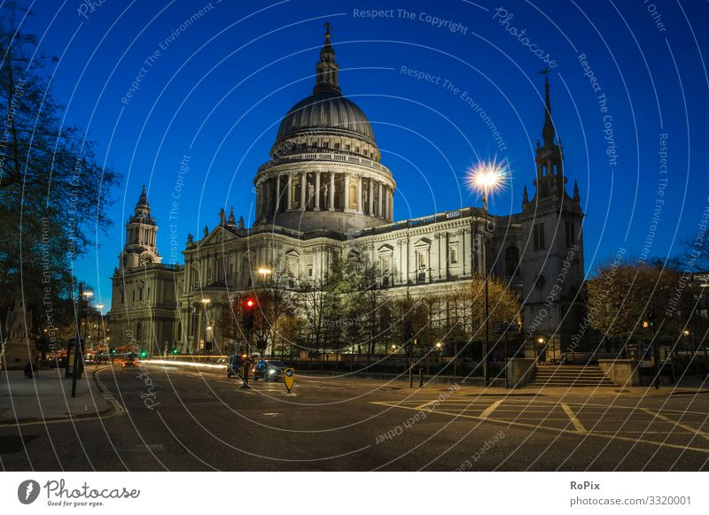 St Pauls Cathedral in London. Lifestyle Luxury Style Design Vacation & Travel Tourism Sightseeing City trip Education Adult Education Workplace Economy Trade