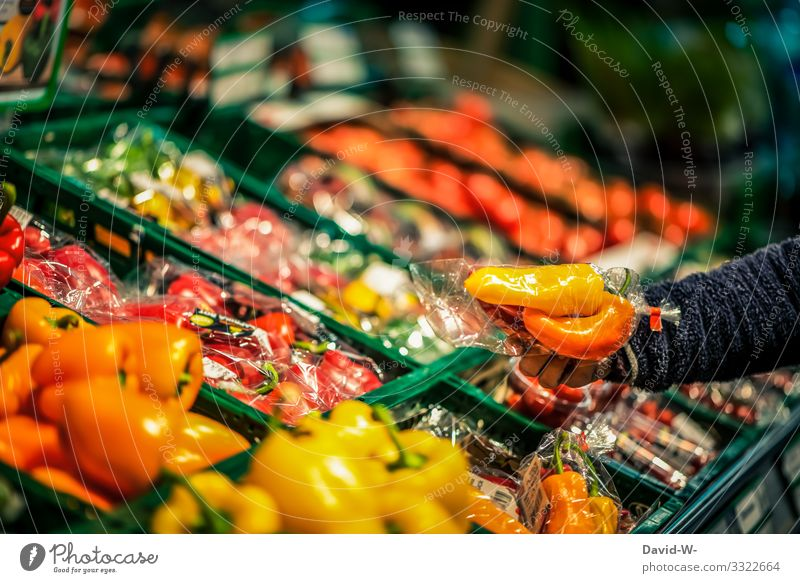 shopping / plastic packaging Food Vegetable Lettuce Salad Nutrition Lifestyle Shopping Style Design Money Save Healthy Health care Illness Education Human being