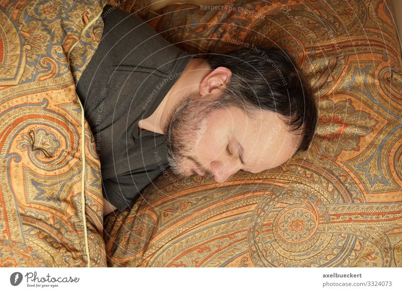 Man sleeps in bed Lifestyle Calm Leisure and hobbies Living or residing Flat (apartment) Bed Bedroom Human being Masculine Adults 1 30 - 45 years Black-haired
