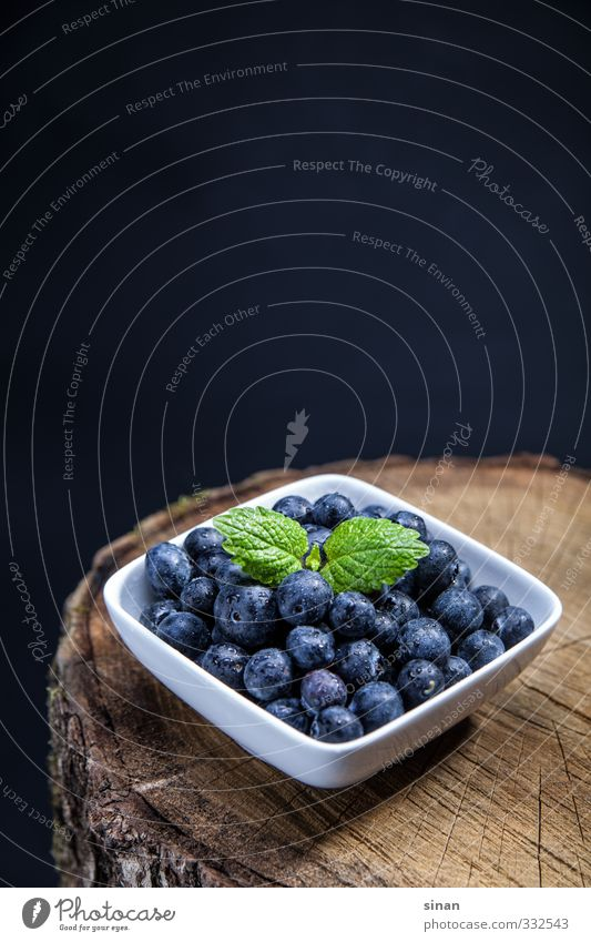 Nature Blue White Summer Healthy Brown Fruit Health care Nutrition Round Delicious Organic produce Sharp-edged Bowl Diet Fasting
