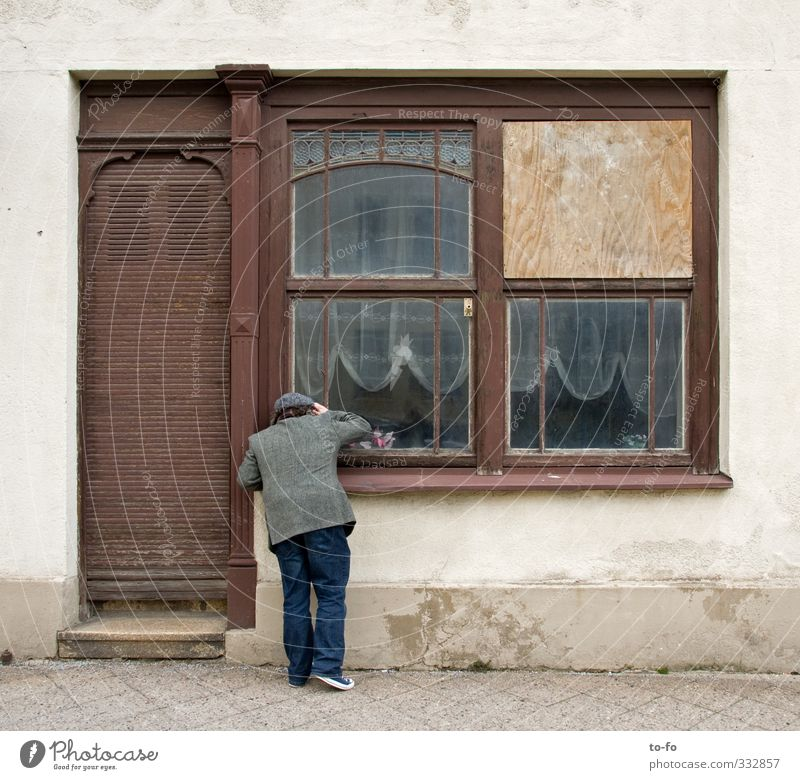 o.t. Human being Masculine Man Adults 1 Small Town Downtown House (Residential Structure) Facade Window Door Discover Looking Old tightener Store premises Trade
