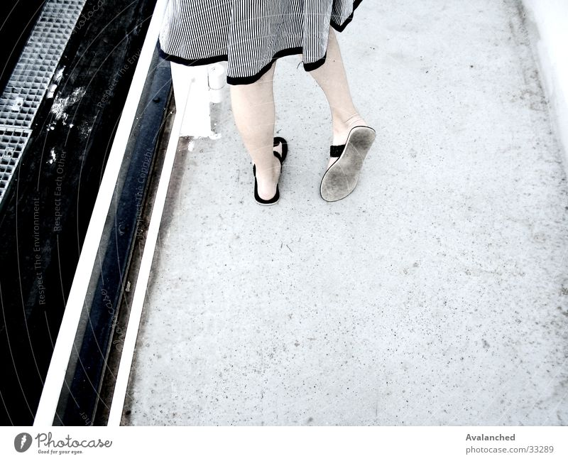 Woman Feet Legs Edge