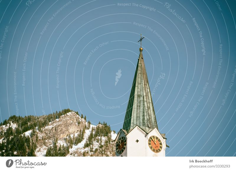 Church tower with mountain in the background Vacation & Travel Tourism Far-off places Winter Snow Winter vacation Mountain Hiking Winter sports Skiing Snowboard