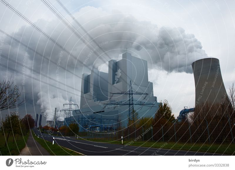 irRWEeg Lignite Energy industry Coal power station Environment Sky Clouds Climate change Bad weather Exhaust gas CO2 emission Smoking Authentic Threat Dirty