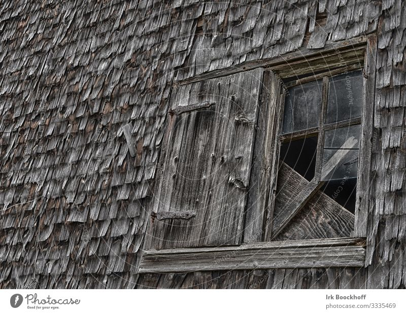 old broken wooden window in a shed Ruin Wall (barrier) Wall (building) Facade Window Wood Glass Old Dark Creepy Brown Fear Apocalyptic sentiment Decline