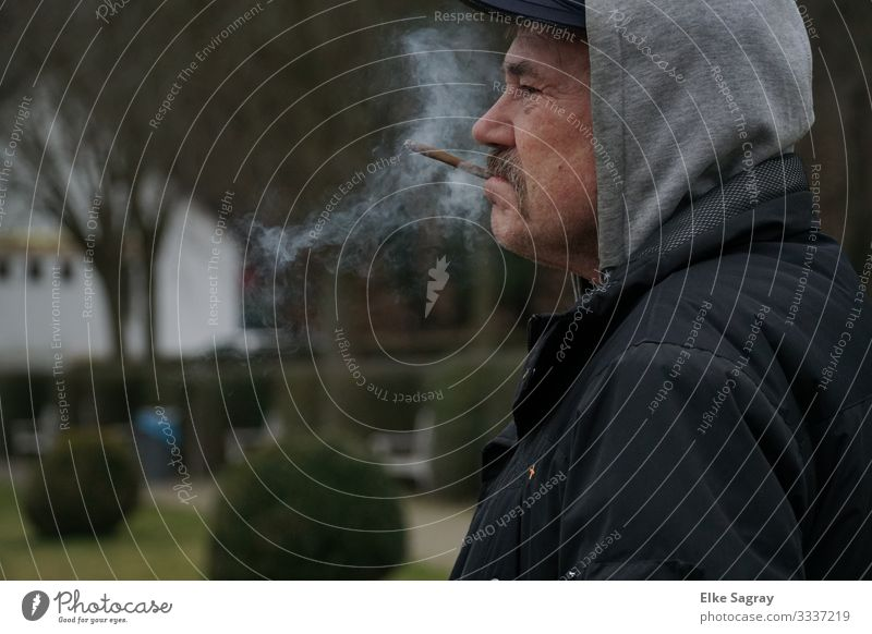 people on the margins of society Human being Masculine Male senior Man 1 60 years and older Senior citizen Smoking Looking Wait Authentic Original Gray Black