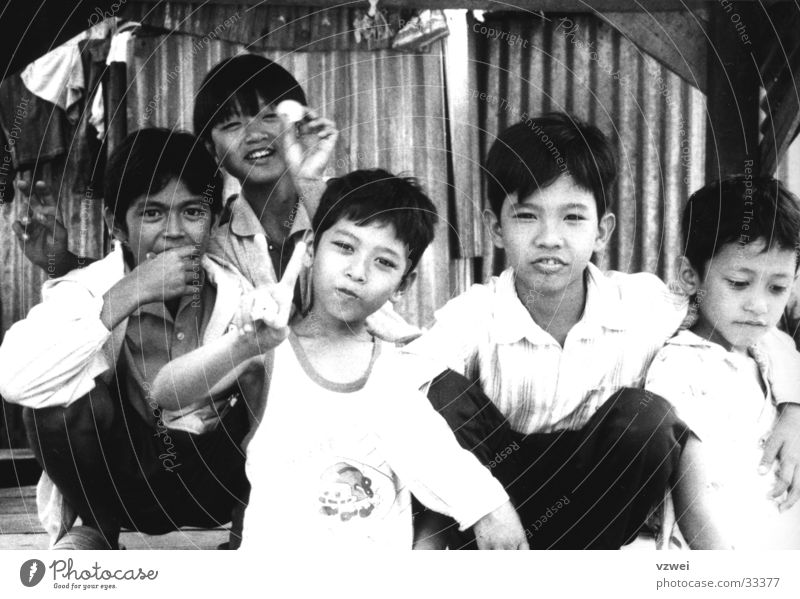 Children in Kambotscha Boy (child) Friendship Group kambocha Black & white photo
