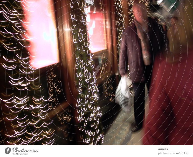 Shop window Shopping Night Long exposure Man Jeweller Group Light Human being Cartier Christmas & Advent