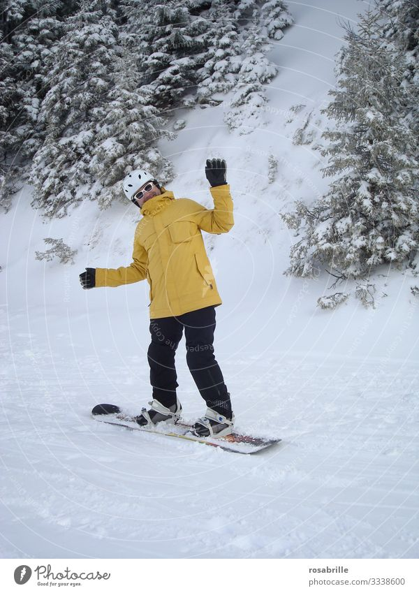Snowboarder makes nonsense| Ice Age Joy Leisure and hobbies Vacation & Travel Winter vacation Winter sports Human being Man Adults 1 30 - 45 years Tree Bushes