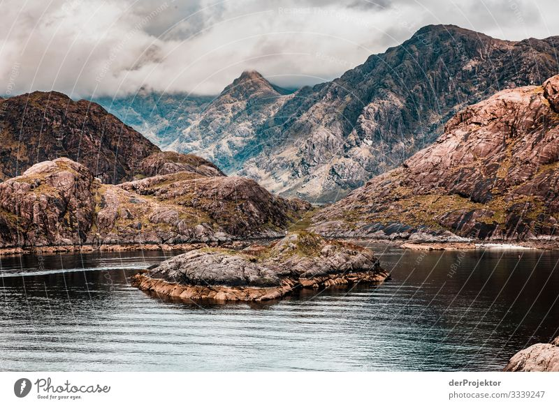 Loch Coruisk on the Isle of Skye Joerg farys theProjector the projectors Europe hike isly of skye nature conservation voyage Scotland scotland_2017 Hiking Bay