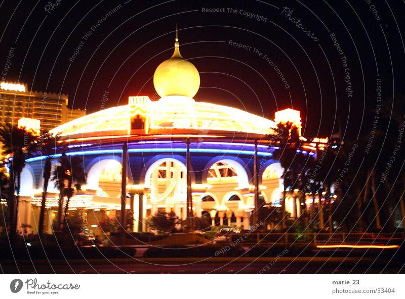 las vegas circus Las Vegas Night Palm tree Circus Architecture Light sensory overload Kitsch Lamp Princess