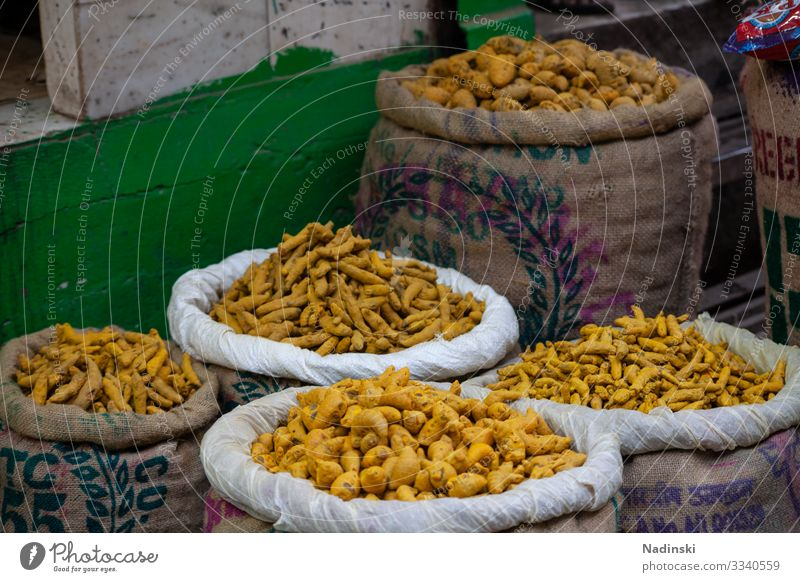 Turmeric Old Delhi Food Herbs and spices Curcuma Nutrition Organic produce Vegetarian diet Asian Food Healthy Eating Kitchen Restaurant Climate Climate change