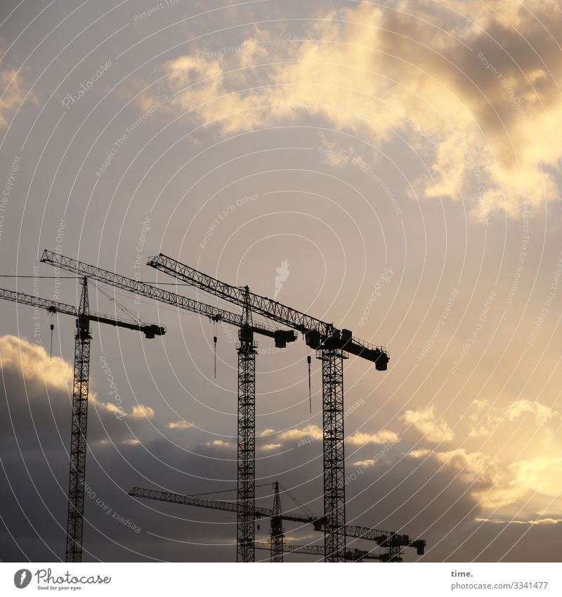 Sky Town Clouds Dark Together Work and employment Communicate Stand Perspective Beautiful weather Hamburg Construction site Logistics Attachment Network