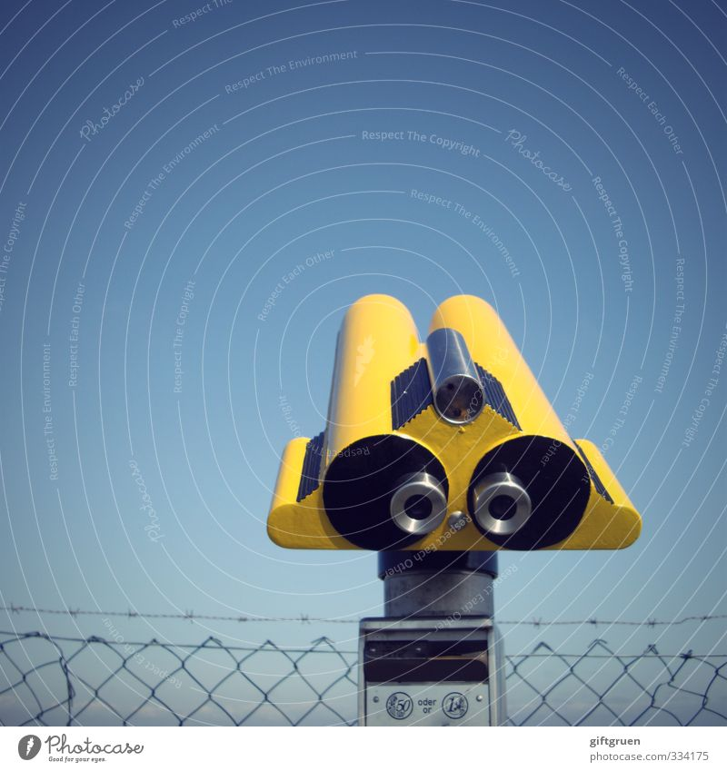 Look at that! Technology Looking Yellow Telescope Optical instruments Vista Perspective Fence Wire netting Wire netting fence Sky Sky blue Blue Upward Coin
