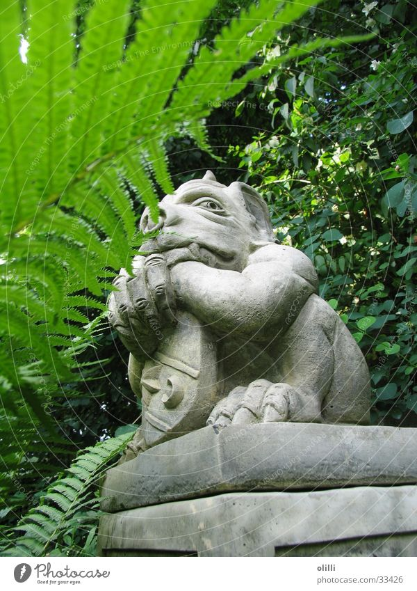 Garden Statue Obscure Watchfulness Sculpture Fantasy literature Portrait photograph