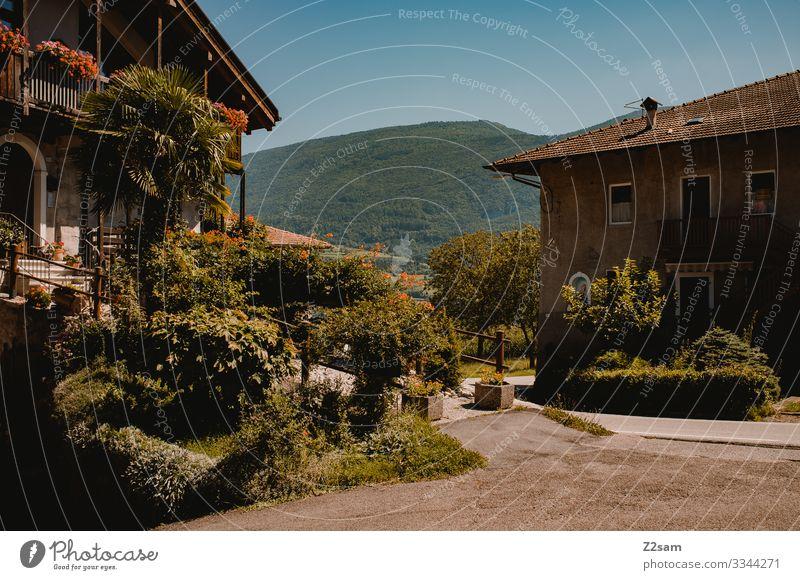 Italian finca alpine crossing Lake Garda Mountain bike mtb transalp Italy northern italy Village Town House (Residential Structure) Mediterranean South Summer