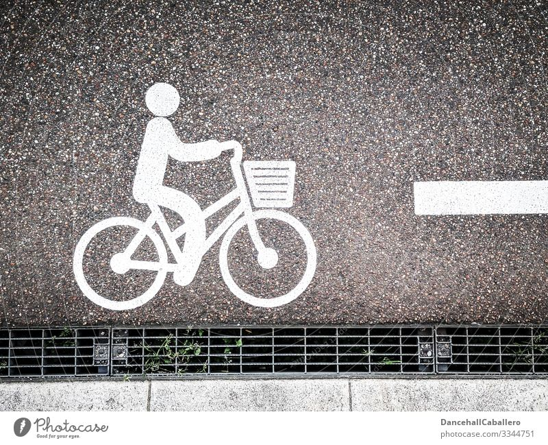 Bicycle pictogram on road Street Cycling Transport bicycle basket Pictogram Cycling tour Mobility Signs and labeling Leisure and hobbies Traffic infrastructure