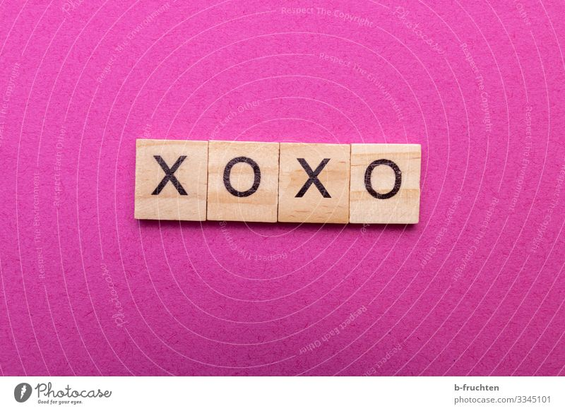 XOXO Youth culture New Media Internet Paper Wood Sign Characters Communicate Kissing Reading Embrace Hip & trendy Crazy Feminine Pink Emotions Sympathy Love