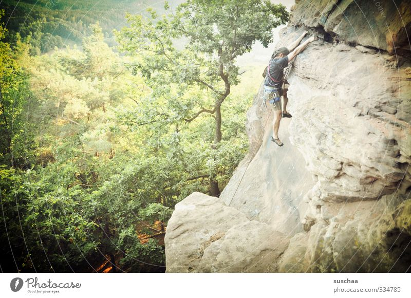 Nature Man Healthy Sports Freedom Rock Leisure and hobbies Fear Dangerous Fitness Force Fear of heights Risk Climbing Endurance Thrill