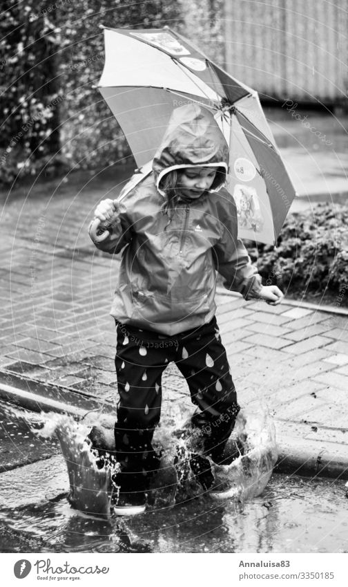 rain notwithstanding Joy Feminine Child Girl Body 1 Human being 3 - 8 years Infancy Elements Water Drops of water Swimming & Bathing Jump Dance Dirty Happiness