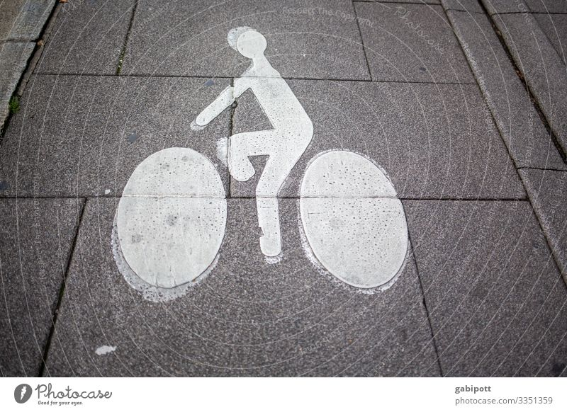 Note sign cycle path on road Lanes & trails Bicycle Street Sports Ride Cycling Leisure and hobbies Transport Wheels Means of transport Deserted