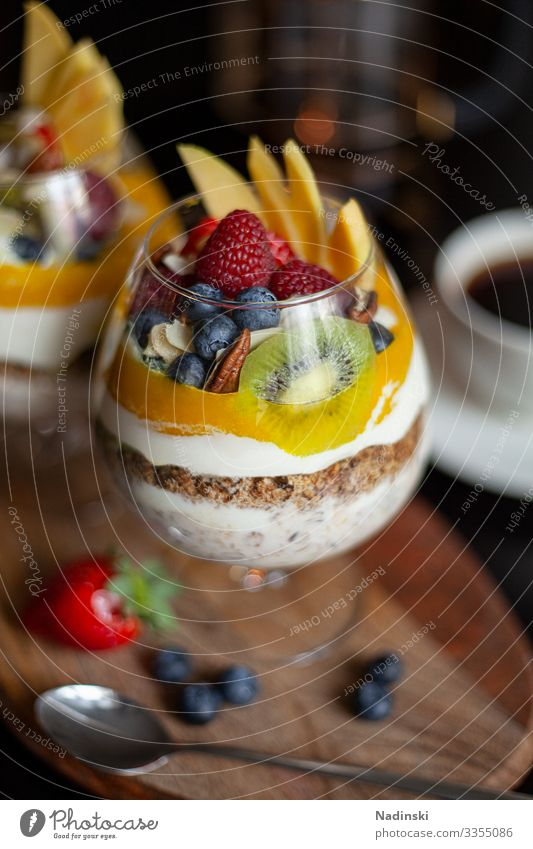 Breakfast Bowl Food Yoghurt Fruit Grain Mango Kiwifruit Raspberry Blueberry Almond Oat flakes Oats Nutrition Eating Organic produce Vegetarian diet Diet
