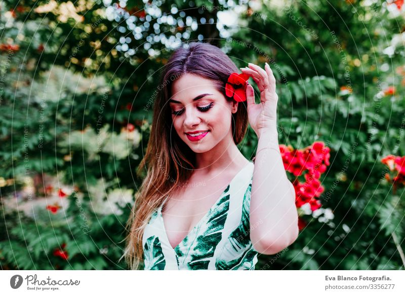 v Caucasian toothy Cute Happy Girl pretty Healthy Summer Model Portrait photograph Wellness Woman Youth (Young adults) Horizontal Fresh Smiling Skin Fashion
