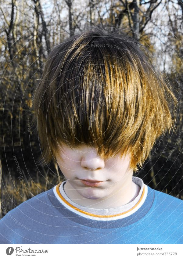 Human being Child Youth (Young adults) Blue Sadness Boy (child) Hair and hairstyles Head Dream Brown Masculine Infancy Stand 13 - 18 years Uniqueness Mysterious