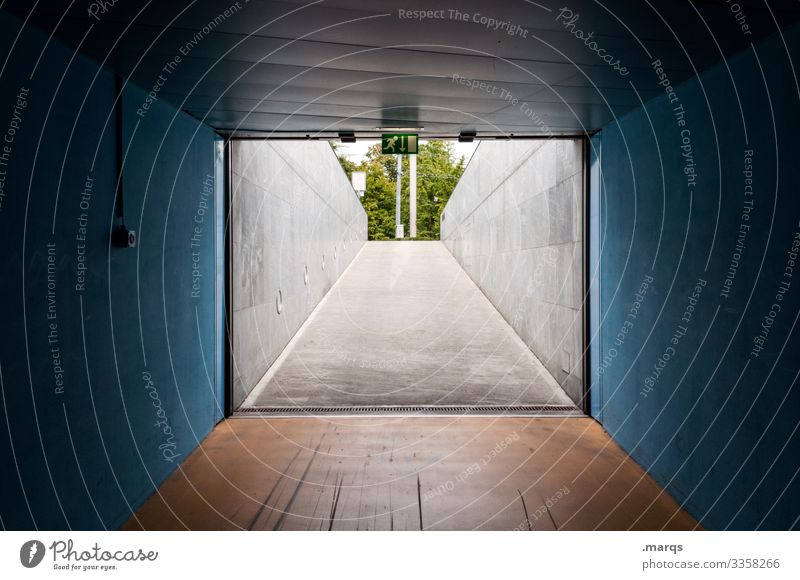 exit Highway ramp (exit) Tunnel Tunnel vision Central perspective Target Lanes & trails Underground garage Symmetry Perspective