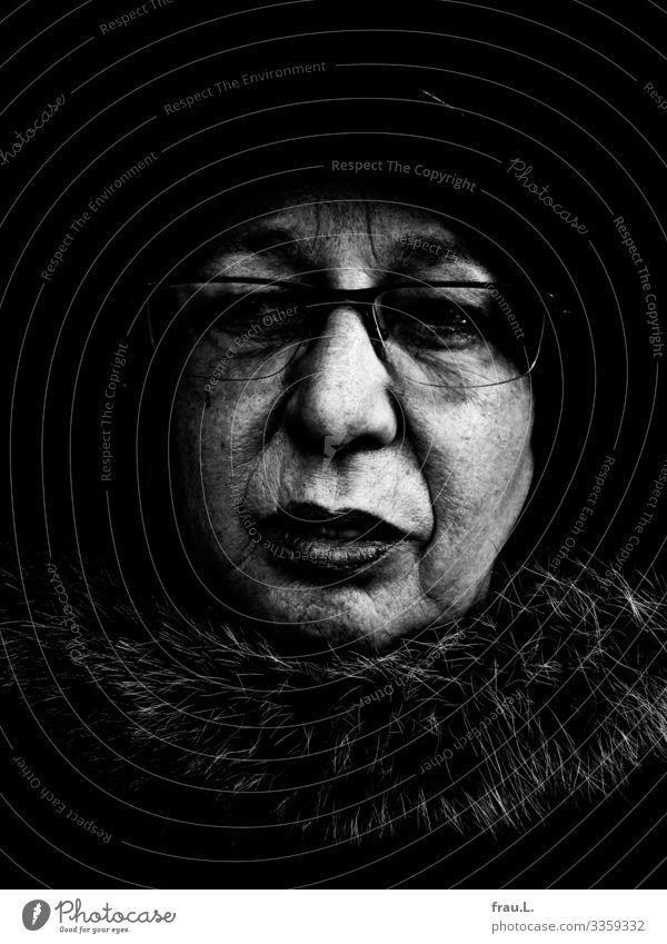 Old, but no grandma Human being Feminine Woman Adults 1 60 years and older Senior citizen Think Looking Hideous Meditative Eyeglasses Hat Cap Wrinkle Fur jacket