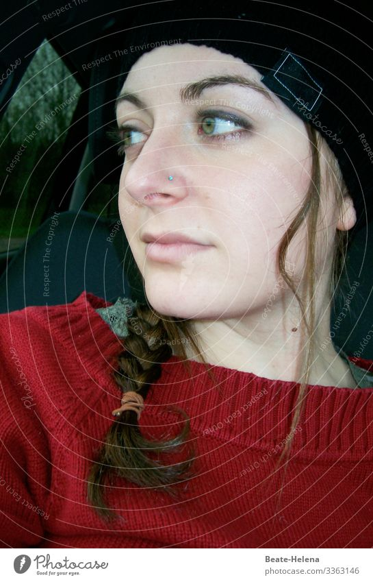 look back Beautiful Young woman Youth (Young adults) Sweater Cap Long-haired Braids Breathe Observe Think Discover Communicate Authentic Success Friendliness