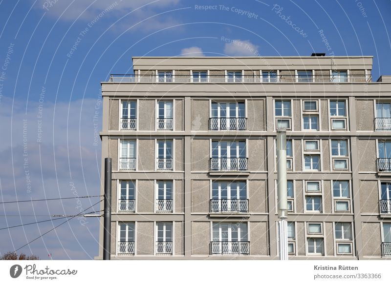 world heritage architecture Flat (apartment) House (Residential Structure) Town Port City Building Architecture Facade Window Concrete Historic Le Havre