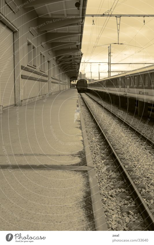 railway Railroad tracks Photographic technology platform Train station