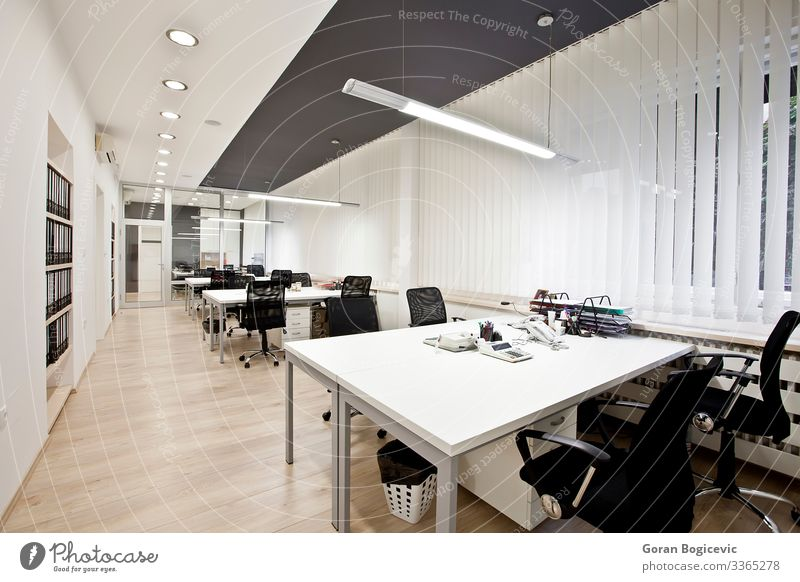 Modern office Luxury Elegant Style Design Interior design Furniture Desk Chair Table Classroom Work and employment Office Business SME Screen Technology New