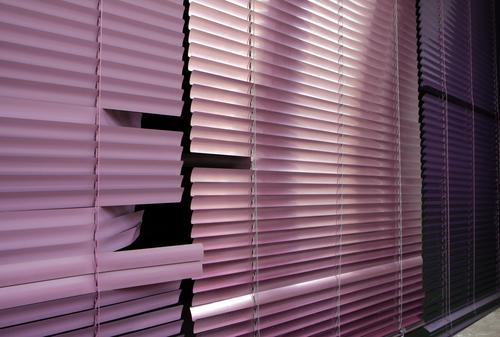 Venetian blind Venetian blinds Window Closed Roller shutter Roller blind Disk Slat blinds Broken Pink Violet purple Dark Living or residing stay at home