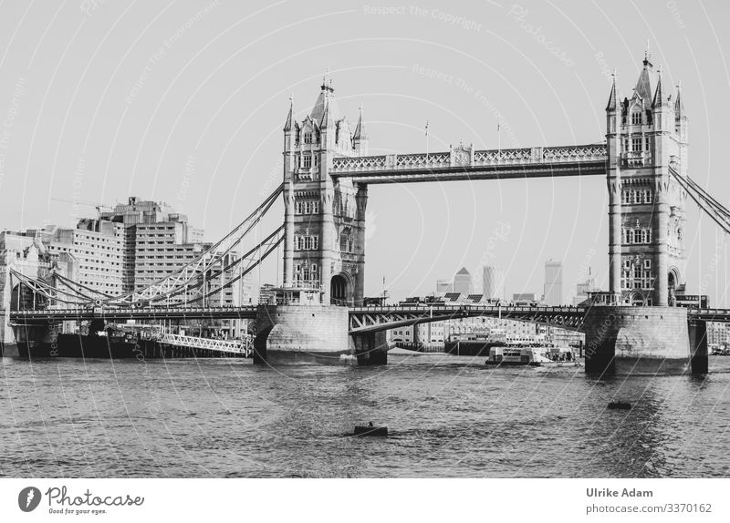 ALT ---- Tower Bridge was opened in 1894 and is still one of the most popular sights in London Great Britain England bridge Bridges Old Historic