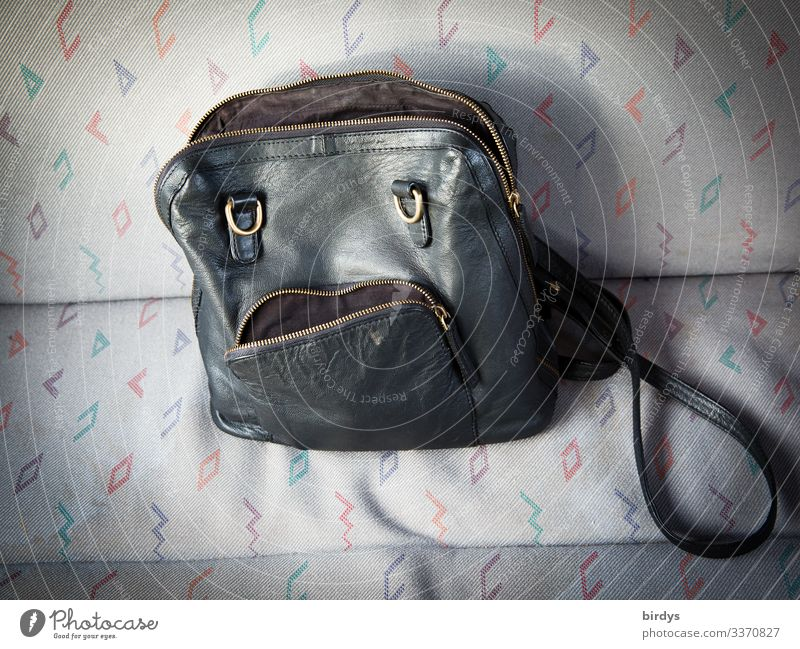 the sorry Traudl Style Androgynous Face Accessory Handbag To talk Looking Sadness Funny Cute Feminine Gold Gray Black Lovesickness Disappointment Loneliness