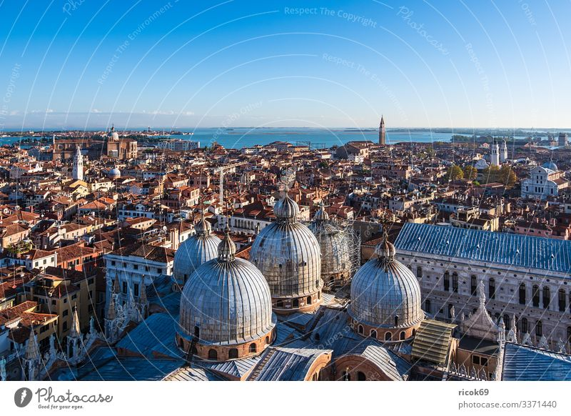 Historical buildings in the old town of Venice in Italy Relaxation Vacation & Travel Tourism House (Residential Structure) Water Clouds Town Old town Tower