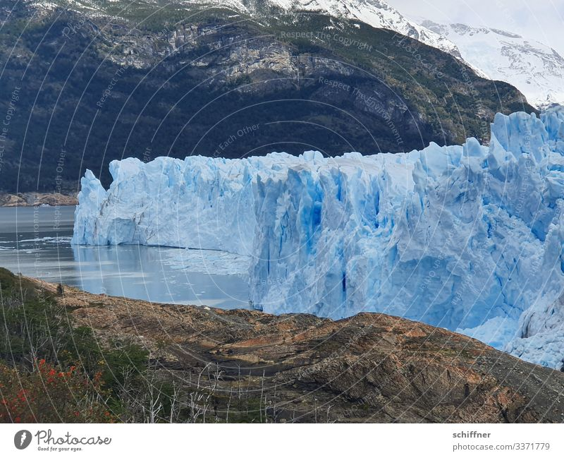 Argentine | Ice Age III Environment Nature Landscape Climate Climate change Frost Snow Rock Mountain Snowcapped peak Glacier Exceptional Cold Blue Cervasse