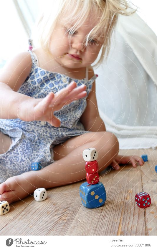 Dice game III Joy Healthy Playing Children's game Living room Study Feminine Toddler Girl Infancy Body Blonde Toys Movement Think Sit Happy Curiosity Blue Red