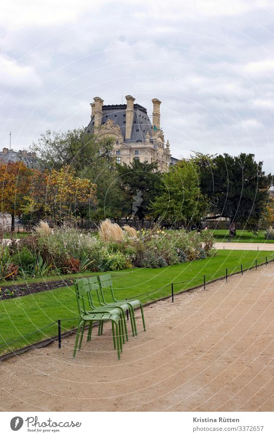 tuileries garden Capital city Park Historic Jardin des Tuileries Chair Plant Flowerbed Green Characteristic Autumn Autumnal Louvre Exterior shot Deserted Day