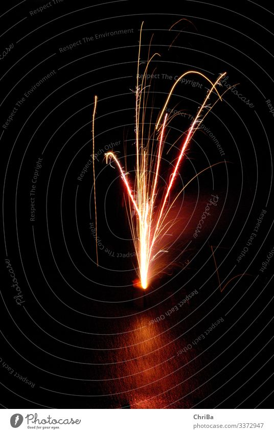 Private fireworks, fountain Joy Night life Party Feasts & Celebrations Environment Nature Fire Sky Winter Climate Climate change Ice Frost Firecracker Esthetic