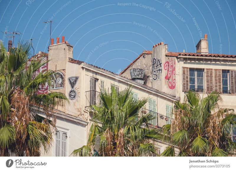 Facade house with graffiti in Marseille Rent Apartment Building Historic Buildings Old building Summer Architecture City trip vacation France built