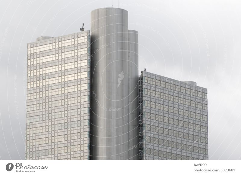 High-rise with clouds in the background Bank building Window Business Architecture Exterior shot Financial Industry Facade Symmetry Reflection Building Esthetic