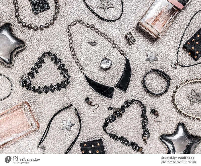 Rock and gothic style jewelry jewellery bijouterie jewels necklace necklaces pendant pendants beads rock hard rock rocker punk choker heavy metal fashion