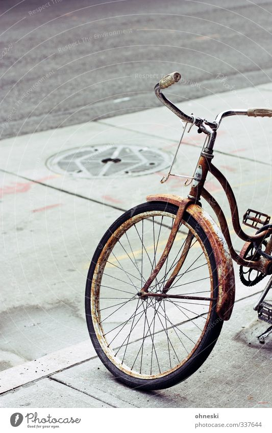 Bye Bicycle Transport Means of transport Cycling Street Sidewalk Old Retro Town Rust Colour photo Subdued colour Exterior shot Deserted Copy Space top