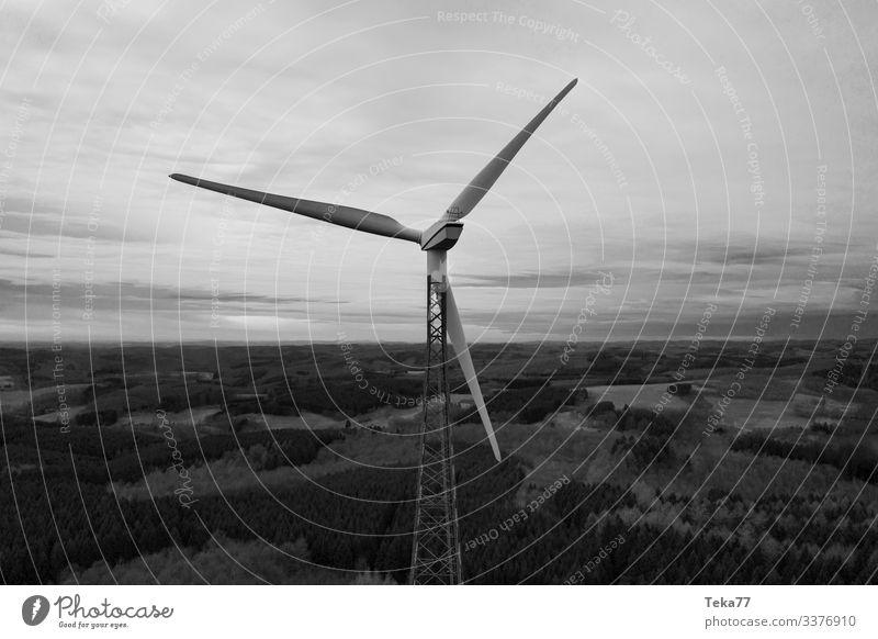 #Winwheel SW Winter Energy industry Renewable energy Wind energy plant Esthetic Black & white photo Colour photo Exterior shot