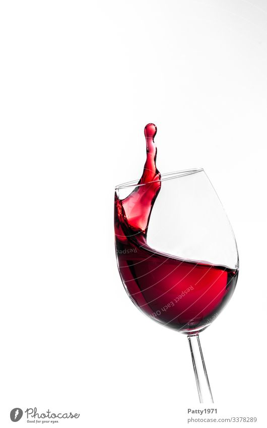 Red wine splash / lifted Beverage Alcoholic drinks Wine Wine glass Movement Fluid Fresh White Colour To enjoy Joie de vivre (Vitality) Pure Inject Colour photo